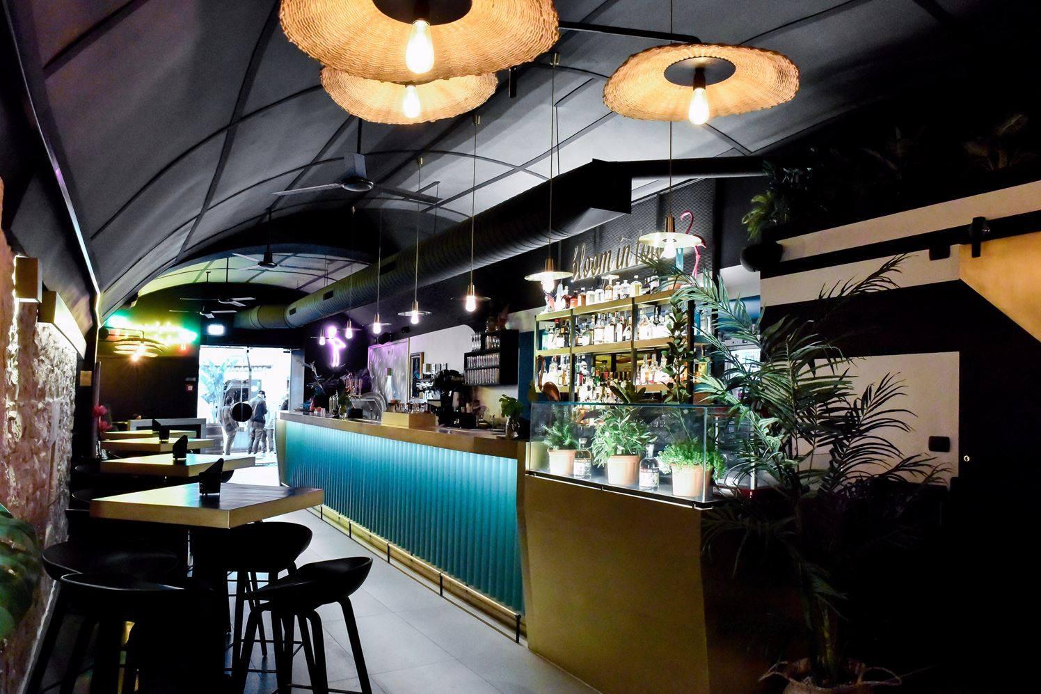 Stile tropical bar Bari